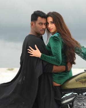 Action Tamil Movie Stills | Picture 1697892