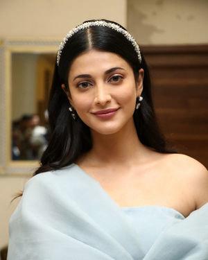 Shruti Haasan - Frozen 2 Tamil Movie Press Meet Photos