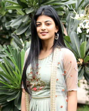 Anandhi - Gundu Movie Audio Launch Photos | Picture 1700838