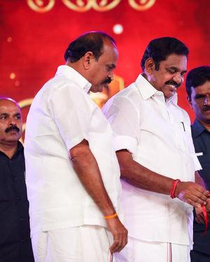 Celebs At Vels Vetri Vizha Photos