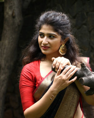 Roshini Prakash - Jada Movie Audio Launch Photos | Picture 1702147