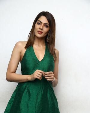 Sakshi Chaudhary - Iruttu Movie Press Meet Photos | Picture 1702970
