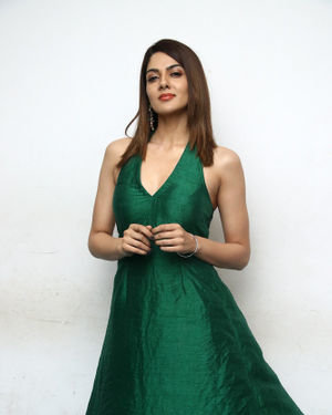 Sakshi Chaudhary - Iruttu Movie Press Meet Photos | Picture 1702971