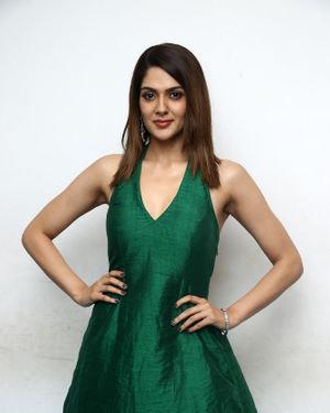 Sakshi Chaudhary - Iruttu Movie Press Meet Photos | Picture 1702972