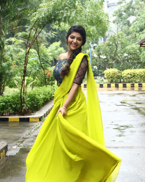 Athulya Ravi - Naadodigal 2 Movie Audio Launch Photos | Picture 1683785