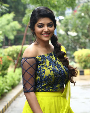 Athulya Ravi - Naadodigal 2 Movie Audio Launch Photos | Picture 1683787