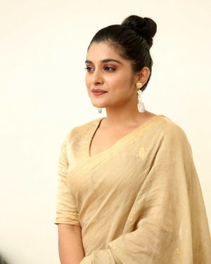Nivetha Thomas - Darbar Movie Pre Release Event At Hyderabad Photos | Picture 1712301