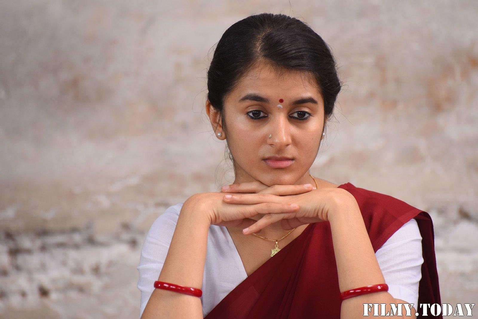 Sanjana Sarathy - Ninaivo Oru Paravai Movie Stills | Picture 1712195