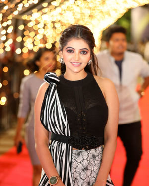 Athulya Ravi - Zee Tamil Awards 2020 Photos