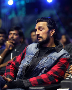 Kichcha Sudeep - Zee Tamil Awards 2020 Photos
