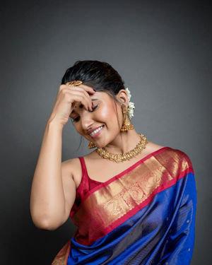 Vani Bhojan - Zee Tamil Awards 2020 Photos