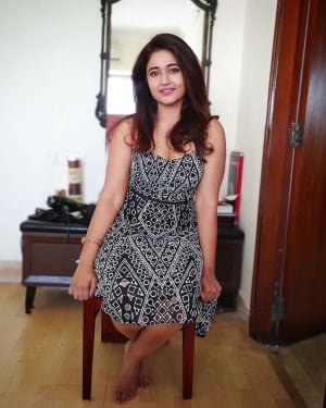 Poonam Bajwa Latest Photos | Picture 1728551