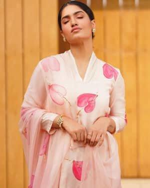 Saniya Iyappan Latest Photos | Picture 1730106