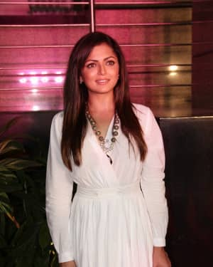 Drashti Dhami - Photos: Celebs At The Premiere Of The Musical Theater 'umrao Jaan'