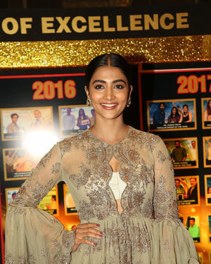 Pooja Hegde - Sakshi Excellence Awards 2018 Photos