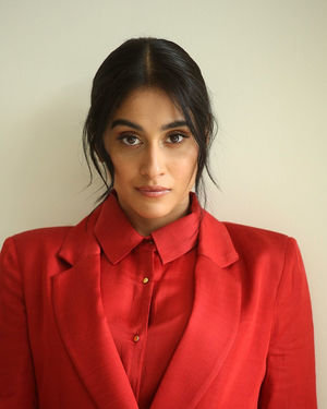 Regina Cassandra Photos At Evaru Movie Interview