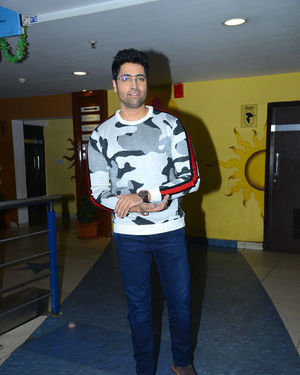 Adivi Sesh - Evaru Movie Premiere Show Photos | Picture 1675318