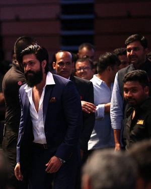 Yash - SIIMA Awards 2019 Photos | Picture 1675703