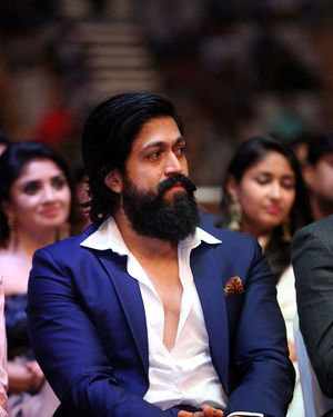 Yash - SIIMA Awards 2019 Photos