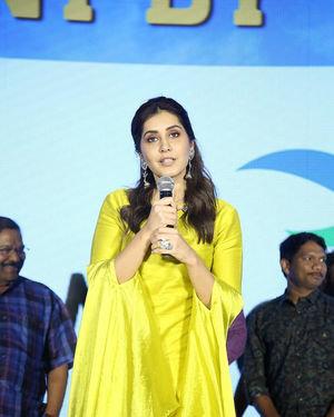 Raashi Khanna - Kousalya Krishnamurthy Movie Pre Release Event Photos | Picture 1676867