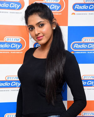 Charishma Shreekar - Neethone Hai Hai Movie Team At Radio City Photos | Picture 1677160