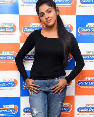 Charishma Shreekar - Neethone Hai Hai Movie Team At Radio City Photos | Picture 1677158