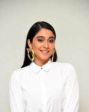 Regina Cassandra - Evaru Movie Success Meet Photos