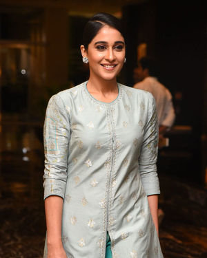 Regina Cassandra - Telugu Cine Rathasarathula Rajotsvam Curtain Raiser Press Meet Photos | Picture 1678725