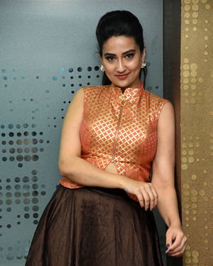 Manjusha - 2 Hours Love Movie Pre Release Event Photos | Picture 1679791