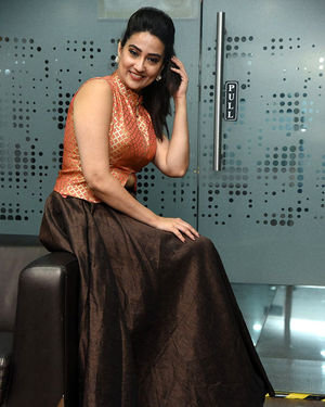 Manjusha - 2 Hours Love Movie Pre Release Event Photos | Picture 1679803