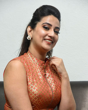 Manjusha - 2 Hours Love Movie Pre Release Event Photos | Picture 1679951