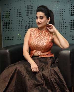 Manjusha - 2 Hours Love Movie Pre Release Event Photos | Picture 1679805