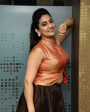 Manjusha - 2 Hours Love Movie Pre Release Event Photos | Picture 1679789