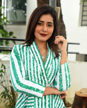 Raashi Khanna At Prati Roju Pandage Interview Photos
