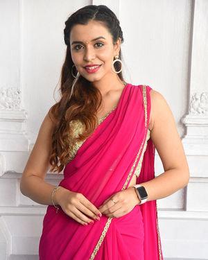 Chitranshi Dhyani - Victoria Maharani Telugu Movie Opening Photos | Picture 1705815