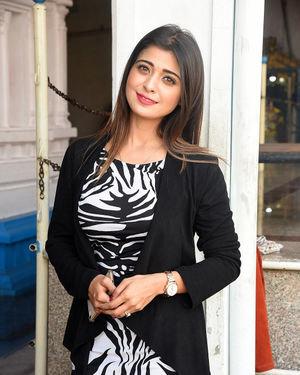 Samreen Wazir - Victoria Maharani Telugu Movie Opening Photos | Picture 1705797