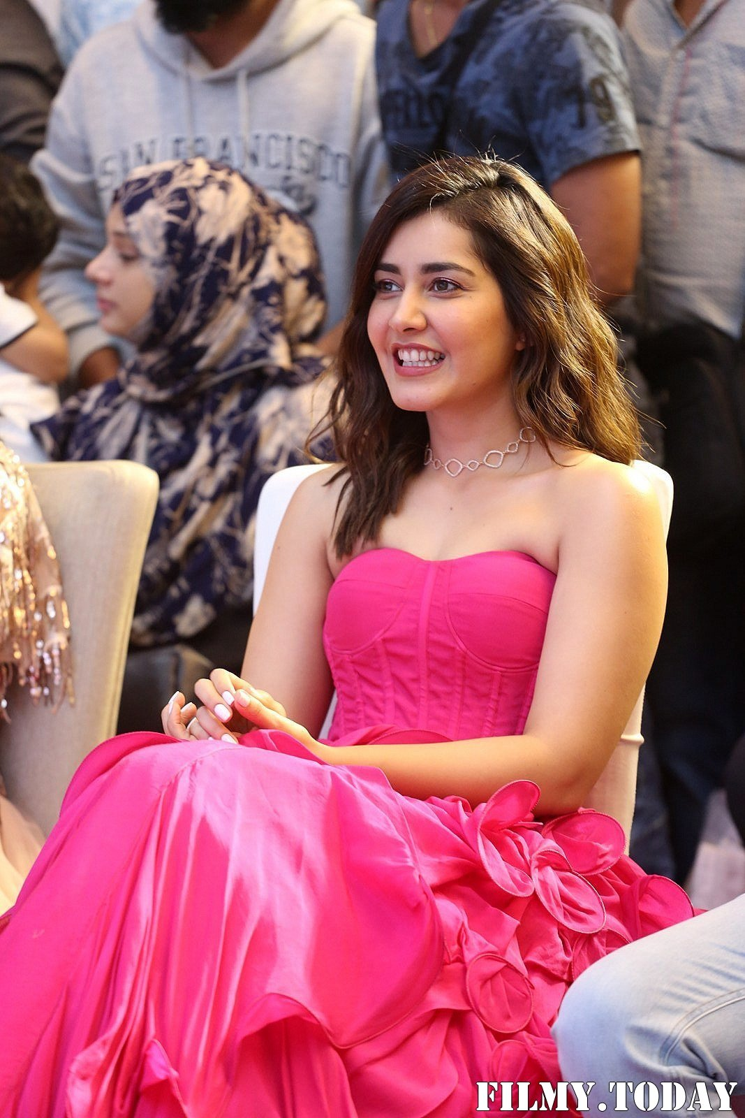 Raashi Khanna - Prathi Roju Pandage Movie Pre Release Event Photos | Picture 1707983