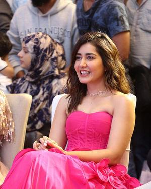 Raashi Khanna - Prathi Roju Pandage Movie Pre Release Event Photos | Picture 1707983