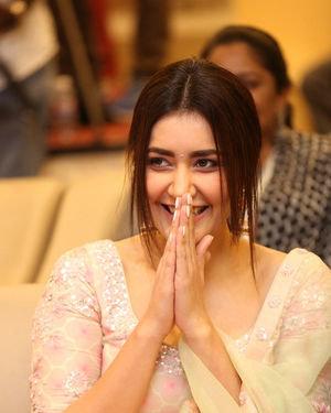 Raashi Khanna - Venky Mama Movie Success Meet Photos | Picture 1708994