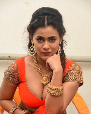 Sneha Gupta At Lighthouse Cine Magic Movie Song Shoot Coverage Photos | Picture 1709814