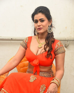 Sneha Gupta At Lighthouse Cine Magic Movie Song Shoot Coverage Photos | Picture 1709815
