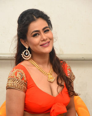 Sneha Gupta At Lighthouse Cine Magic Movie Song Shoot Coverage Photos | Picture 1709827