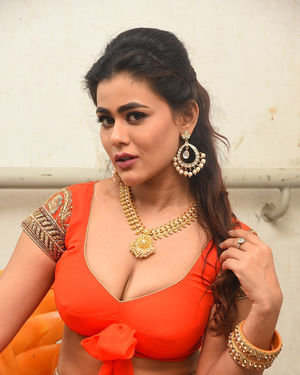 Sneha Gupta At Lighthouse Cine Magic Movie Song Shoot Coverage Photos | Picture 1709818