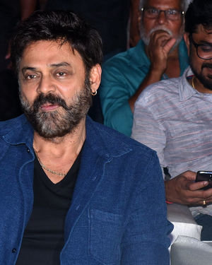 Venkatesh - Venky Mama Movie Vijayotsavam At Guntur Photos | Picture 1710097