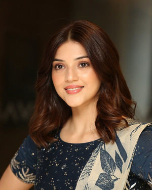 Mehreen Kaur - Entha Manchivaadavuraa Movie Press Meet Photos