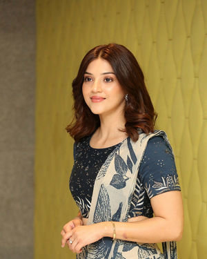 Mehreen Kaur - Entha Manchivaadavuraa Movie Press Meet Photos | Picture 1710259