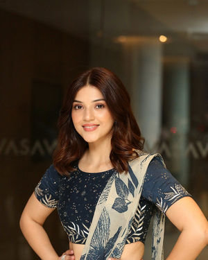 Mehreen Kaur - Entha Manchivaadavuraa Movie Press Meet Photos | Picture 1710269