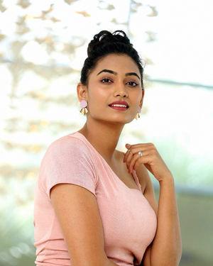 Spandana Palli - Entha Manchivaadavuraa Movie Press Meet Photos | Picture 1710330