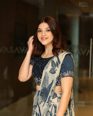 Mehreen Kaur - Entha Manchivaadavuraa Movie Press Meet Photos | Picture 1710263
