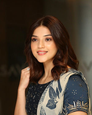 Mehreen Kaur - Entha Manchivaadavuraa Movie Press Meet Photos | Picture 1710265